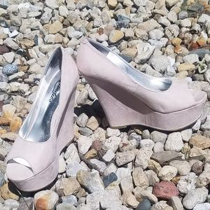 Womens pretty wedge shoe by candies.
